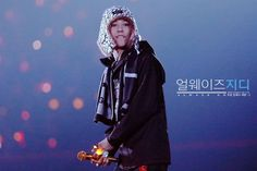 "BIGBANG(ビッグバン) G-DRAGON(クォン・ジヨン)、 T.O.P(チェ・スンヒョン) TAEYANG(SOL:テヤン:トン・ヨンベ)、 DAESUNG(テソン:D-LITE)、 スンリ(V.I:SEUNGRI) 2014.12.27 BIGBANG JAPAN DOME TOUR 2014〜2015 ""X"" in Tokyo Dome"