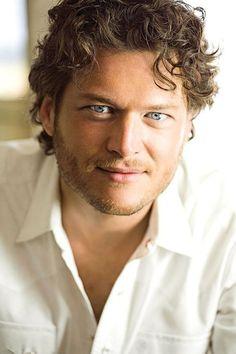 Blake Shelton hot.