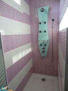 ABRICAUX votre gite en Normandie. A 4 km de St Valéry en Caux, Seine maritime ... Salle de bain et sa douche à l'italienne, multi jets ...