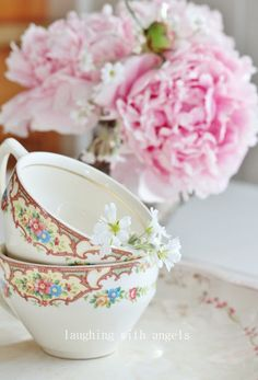 My Grandmother had this china pattern set  (now I have some of her remaining pieces) ~Rose <3
