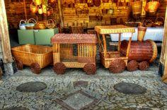 Паровозик из Ромашково, плетение из газетных трубочек