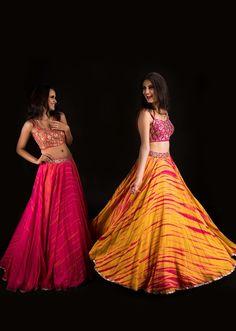 Mrunalini Rao's latest lehengas will make you feel like a princess Choli Designs, Lehenga Designs, Dress Indian Style, Indian Dresses, Indian Wear, Indian Wedding Outfits, Indian Outfits, Lehnga Dress, Lehenga Skirt