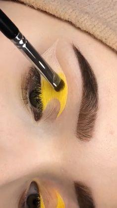 Pink Eye Makeup, Edgy Makeup, Makeup Eye Looks, Eye Makeup Art, Colorful Eye Makeup, Crazy Makeup, Eyeshadow Makeup, Makeup Inspo, Makeup Pictorial