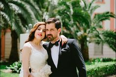 YOLANCRIS - Uncover the wonderful vintage wedding of Rosario and Mariano. Romantic and elegance thirties. Model México dress of collection Romantic Vintage Elegant Wedding Dress, Wedding Dresses, Mexico Dress, Real Weddings, Brides, Destination Wedding, Romantic, Couple Photos, Model