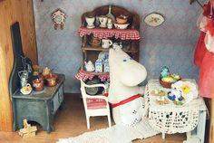 Домик Муми-тролля Moomin House, Tove Jansson, Sylvanian Families, Miniture Things, Miniature Dolls, New Homes, Miniatures, Crafts, Dollhouses