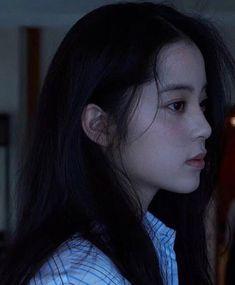 Girl Side Profile, Pretty People, Beautiful People, Pose Reference Photo, Japan Model, Ulzzang Korean Girl, Uzzlang Girl, Japanese Girl, Asian Beauty