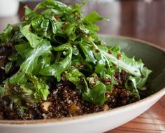 Quinoa with bordeaux spinach, cashew and dried fruit salad
