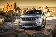 2017 Jeep Grand Cherokee Trailhawk makes its debut at 2016 New York Auto Show