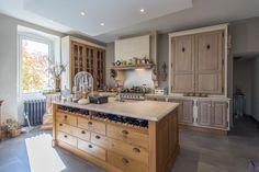 Cuisine Ateliers Poivre d'Ane Chêne Marbre Ilot Decor, Kitchen Island, Home Decor, Kitchen, Atelier