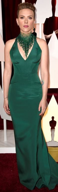 Scarlett Johansson's green gown and jewelry that she wore to the 2015 Oscars in Hollywood Oscar style id