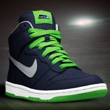 Seriously need to find these Seattle Seahawks Nikes...