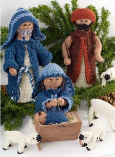 Red Heart® Nativity Set #christmas #crochet #pattern