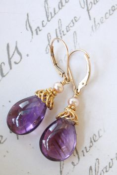 amethyst drop earrings. these would be great for bridesmaids too!
