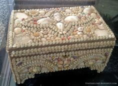 Victorian-Era Shell Art At Brimfield Antique & Collectibles Shows / FINE SHELL ART BLOG