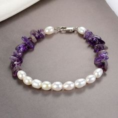 Jewelry OFF! White Oval Pearl Beads and Nugget Amethyst Bracelet Gemstone Jewelry for Women Girls Baroque Pearl Necklace, Pearl Jewelry, Wedding Jewelry, Gemstone Jewelry, Beaded Jewelry, Beaded Bracelets, Pearl Necklaces, Leather Jewelry, Amethyst Armband