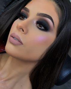 Sexy Makeup, Glam Makeup, Makeup Inspo, Makeup Inspiration, Beauty Makeup, Dark Smokey Eye Makeup, Dark Makeup, Colorful Eye Makeup, Stunning Makeup