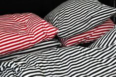 Marimekko jersey striped duvets Marimekko Bedding, Dream Apartment, My Happy Place, Dream Bedroom, Duvet, Home Goods, Feels, Bathrooms, Alsace