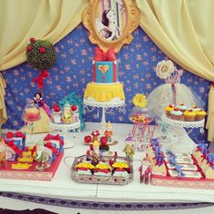 Snow White Party.  See more party ideas at CatchMyParty.com  #snowwhiteparty
