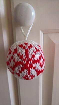 Knitted Christmas Ornament, Christmas Ball, Knitted Christmas Tree Bauble, Christmas Tree Decoration