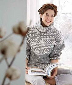 Ravelry: - Norwegian Sweater with Separate Cowl Collar pattern by Schachenmayr Fair Isle Knitting Patterns, Fair Isle Pattern, Knit Patterns, Tricot D'art, Norwegian Knitting, Nordic Sweater, Ski Sweater, Icelandic Sweaters, Collar Pattern