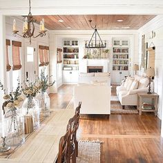 Before & After: A Simply Southern Cottage Makeover in Louisiana - Hooked on Houses Diy Living Room Decor, Cottage Living Rooms, Coastal Living Rooms, Cottage Interiors, Cottage Homes, Home Living Room, Southern Cottage, Southern Homes, Simply Southern