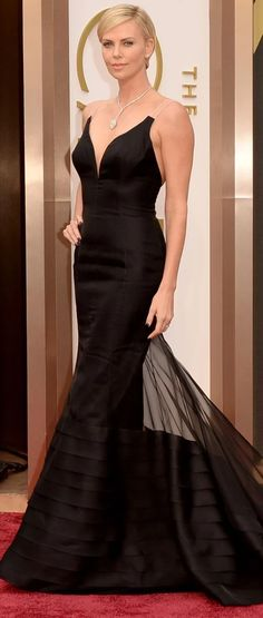 79df3f9be7 Charlize Theron in an elegant black Dior Haute Couture gown - Oscars 2014