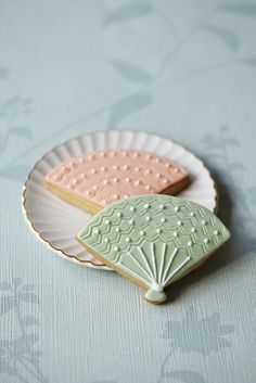 #CakeDecorating Decorative Ideas Fan #Cookies #Issue38