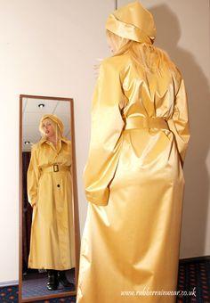Rain Fashion, Fashion Show, Mackintosh Raincoat, Red Raincoat, Rubber Raincoats, Rain Hat, Textiles, Raincoats For Women, Preppy Style