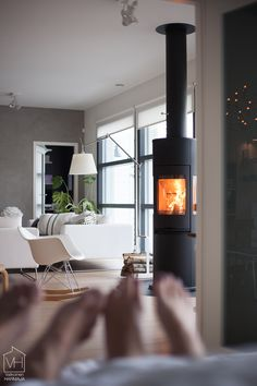 Inside A House, Fireplace Mantels, Fireplaces, Decorating Blogs, Hygge, Interior Inspiration, Beautiful Homes, New Homes, Living Room