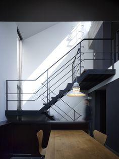 その他事例:階段(白金の家)Japan