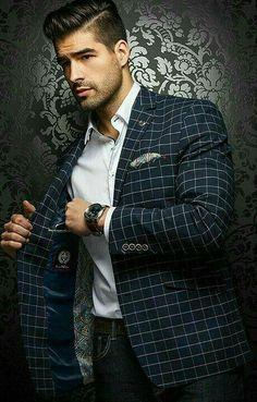 Men formal wear on a business Mens Fashion Suits, Blazer Fashion, Mens Suits, Fashion Menswear, Male Fashion, Gentleman Mode, Gentleman Style, Sharp Dressed Man, Well Dressed Men