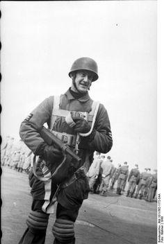 German paratrooper in Italy
