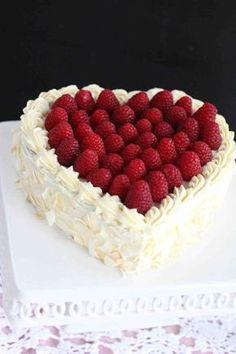 Raspberry, Fruit, Cupcake, Cakes, Food, Gnocchi Recipes, Cake Makers, Cupcakes, Kuchen