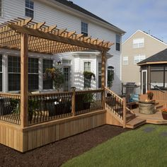 """ProWood Lumber : Desperate no more! Heather Foskey's """"desperate deck"""" gets a dream makeover"""