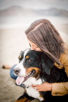 Engagement and dog photography session in San Francisco — Frame Your Pet - Los Angeles Pet Photographer Family Pet Photography, Animal Photography, Photography Ideas, Photography Portraits, Santa Monica, Dog Photos, Dog Pictures, Diy Pet, Bernese Dog