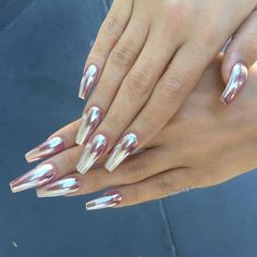 Rose gold Chrome nail art #chromenails