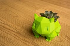 Bulbasaur planter low poly 3D printed bring some Pokemon in your home