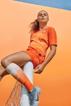 Female Soccer Players, Football Players, Women's Football, Dutch Women, Fifa Women's World Cup, Soccer Pictures, Most Beautiful Faces, Play Soccer, Champions