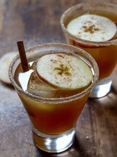Spiced Amaretto Apple Cider Kiss from Jessica of How Sweet It Is for The Boys Club