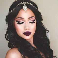 WEBSTA @ makeupaddictioncosmetics - Monday Inspiration by @makeupbyalinna #Diva #MakeupAddictionCosmetics