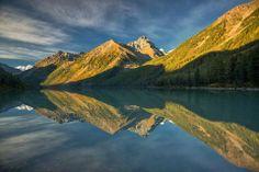Утро на Кучерлинском озере, Алтай. Автор фото  Светлана Шупенко