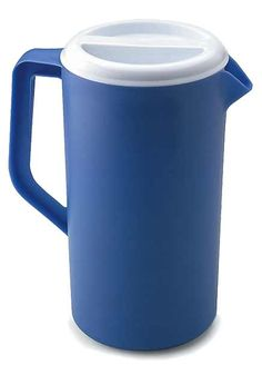 Covered Blue Pitcher: Beverage cold blue pitcher made in plastic mat for food service and restauration