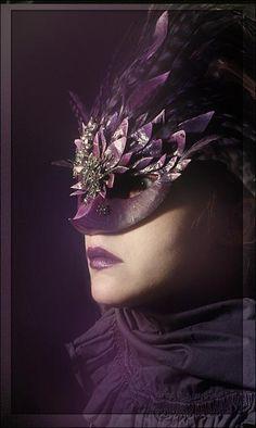 (via Masque - Pixdaus) Purple Love, All Things Purple, Plum Purple, Shades Of Purple, Purple Reign, 50 Shades, Lilac, Aubergine Colour, Venetian Carnival Masks