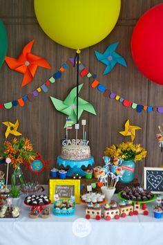 Blog sobre decoração de festas infantil e papelaria personalizada. 1 Year Old Birthday Party, Boys First Birthday Party Ideas, 4th Birthday Parties, Baby Birthday, Lumberjack Party, Baby Shower, Baby Party, Birthday Decorations, First Birthdays