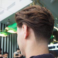 rokkmanbarbers-medium-hair-men-neck-taper men Popular Men's Hairstyles with Natural Texture Mens Medium Length Hairstyles, Medium Length Hair Men, Popular Mens Hairstyles, Cool Hairstyles For Men, Medium Hair Cuts, Haircuts For Men, Medium Hair Styles, Men's Hairstyles, Latest Hairstyles