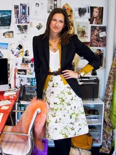 J. Crew creative director Jenna Lyons has personal style to envy - we love her laid-back, sophisticated, with a touch of quirkiness, look.