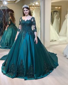 Indian Wedding Gowns, Desi Wedding Dresses, Indian Bridal Outfits, Indian Fashion Dresses, Party Wear Dresses, Fancy Dress Design, Stylish Dress Designs, Wedding Lehenga Designs, Frocks And Gowns