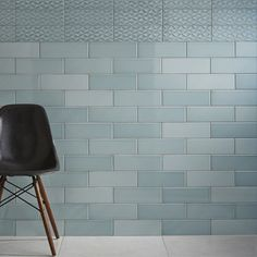 Johnson Savoy SAVO8A Brick Leaf Gloss Ceramic Wall Tile (200x100x6.5mm)