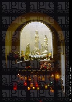 Sete Francia languedoc_roussillon Capilla de Nuestra Señora de Salette figuras de la Señora de Salette