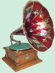Oriental Phonograph via Vinyles Passion